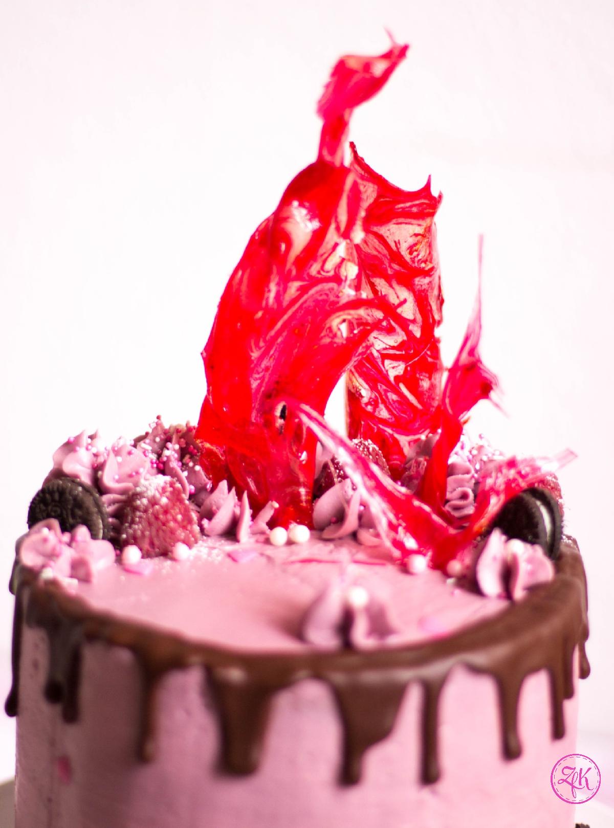 Ein zarter Rand aus Schokolade