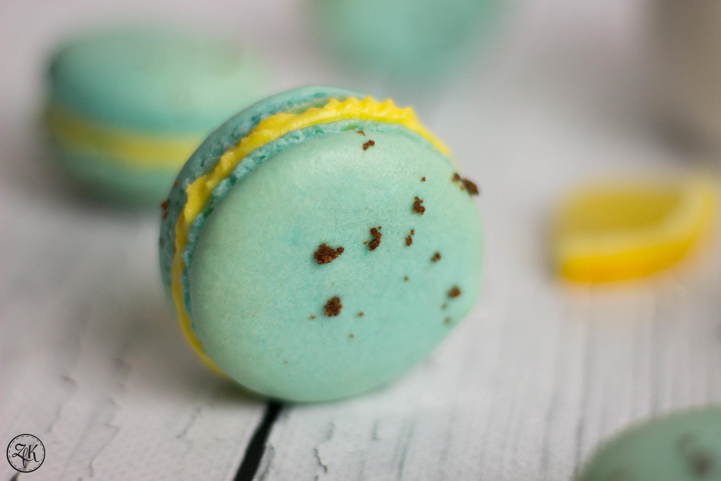 ZfK_Lemon_Curd_Macarons_05