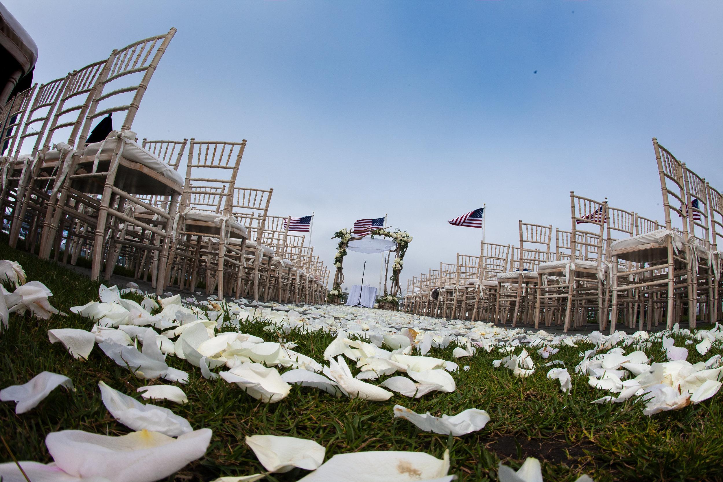 4-eyes-photography-montauk-yacht-club-wedding-1382.jpg