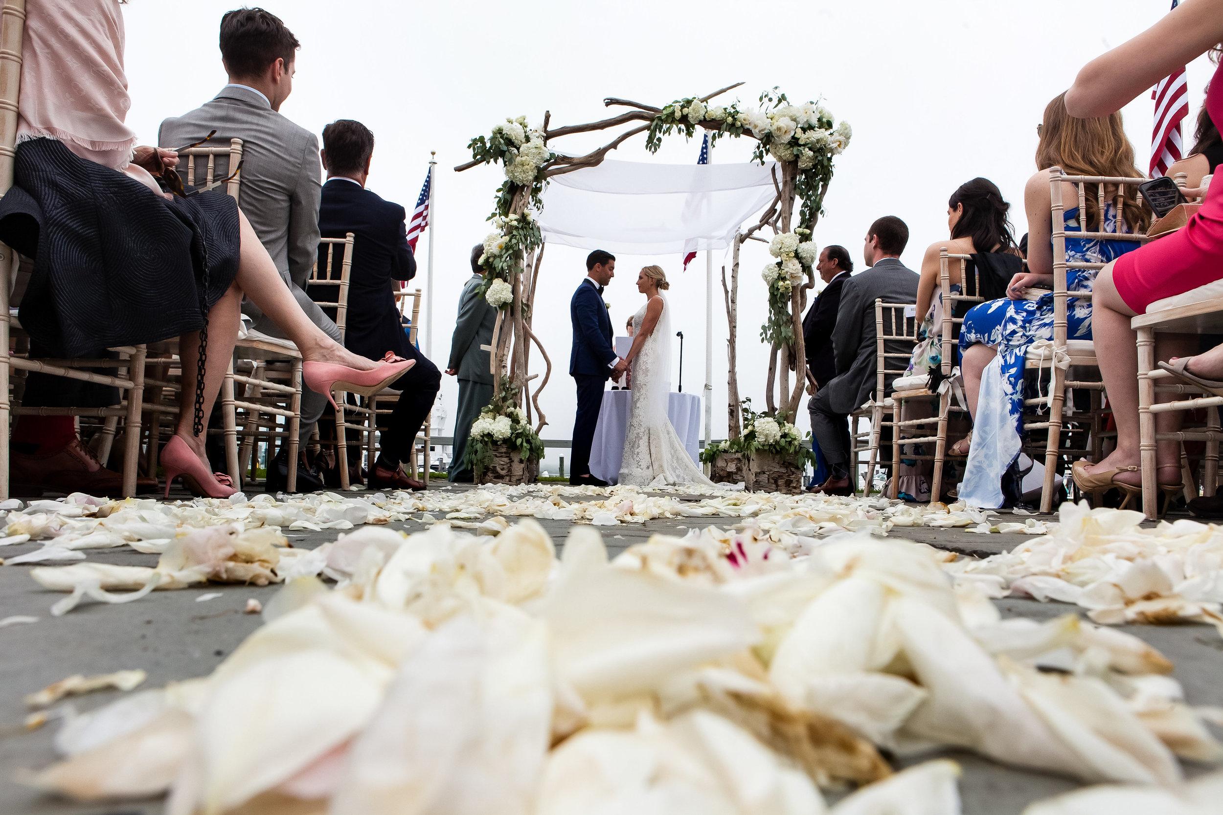 4-eyes-photography-montauk-yacht-club-wedding-1412.jpg