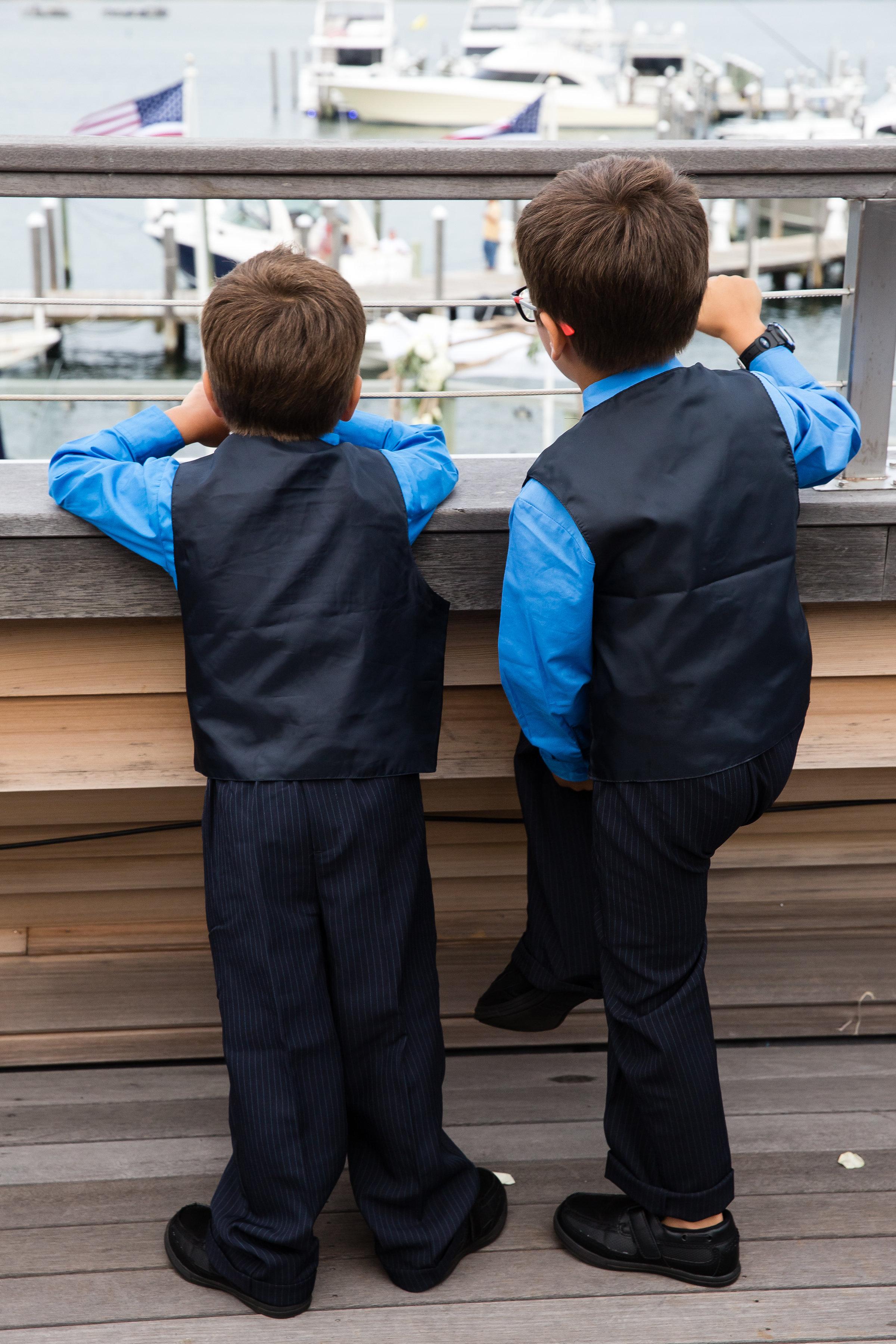 4-eyes-photography-montauk-yacht-club-wedding-best-of0034.jpg