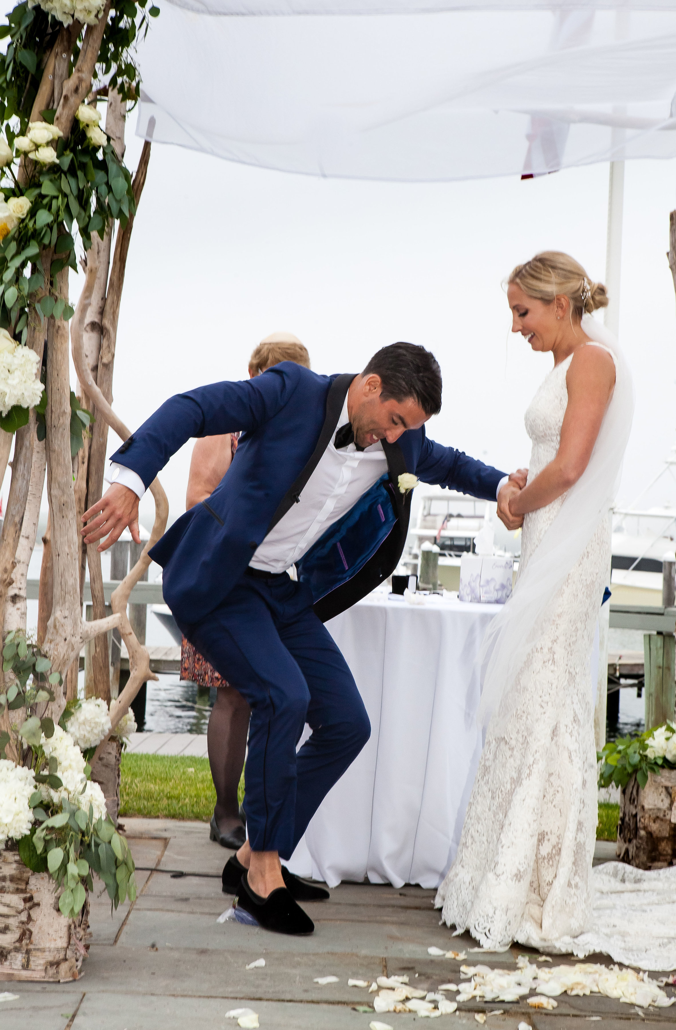 4-eyes-photography-montauk-yacht-club-wedding-best-of0056.jpg
