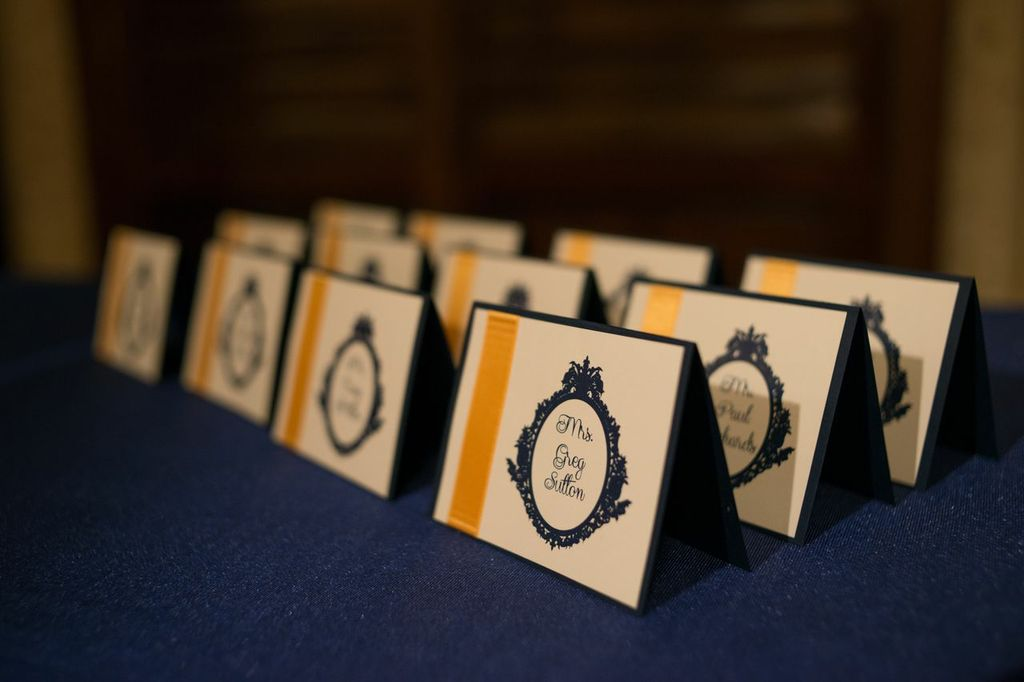 Accessory placecards navy.jpg