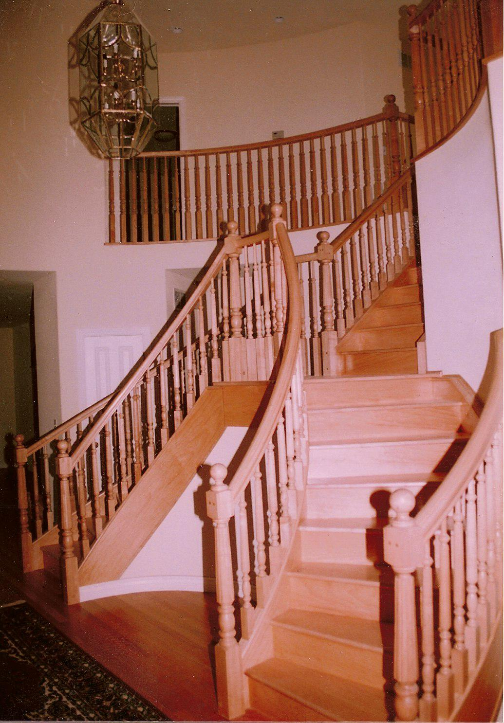 Curved stairs 2.jpg