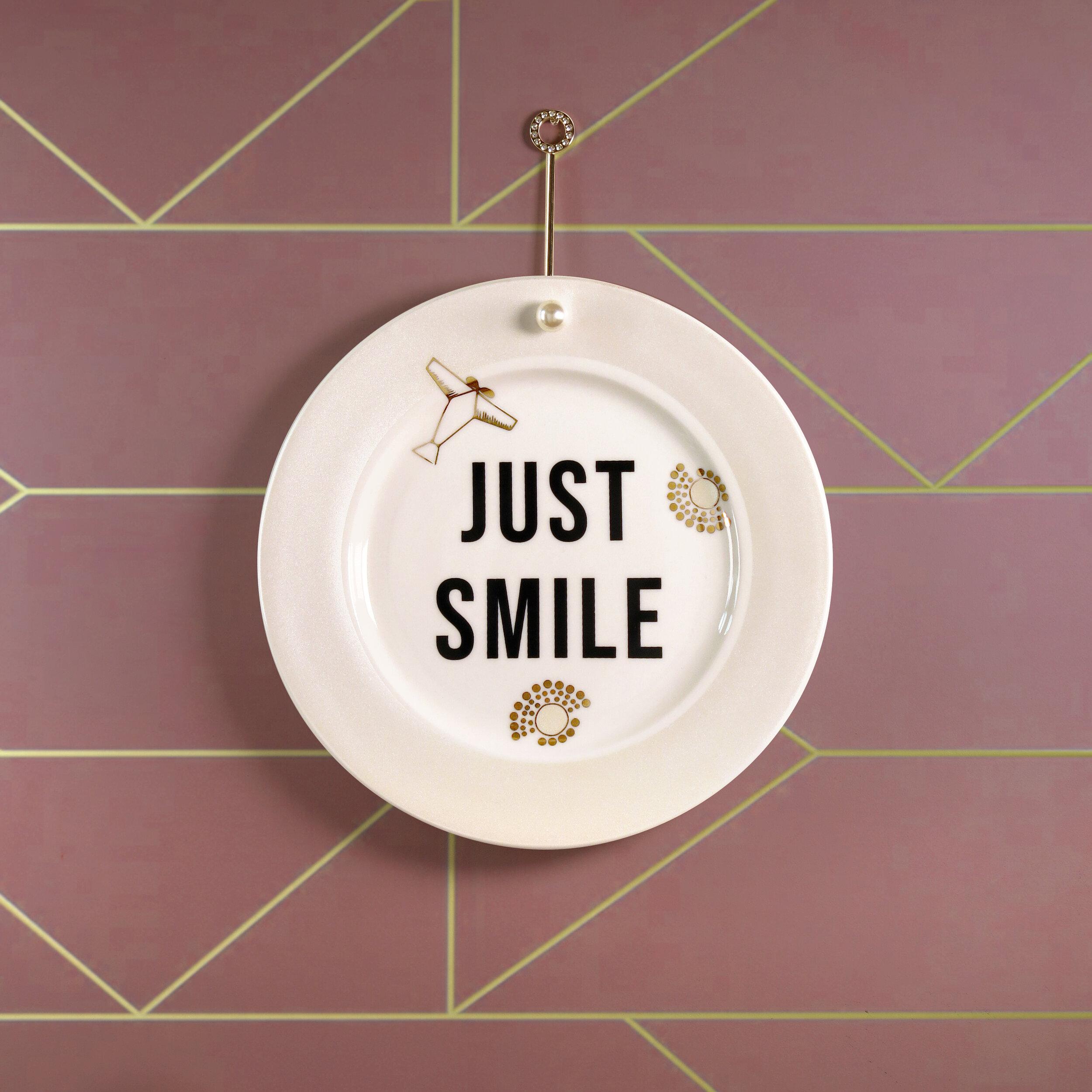 just_smile_still_01.jpg