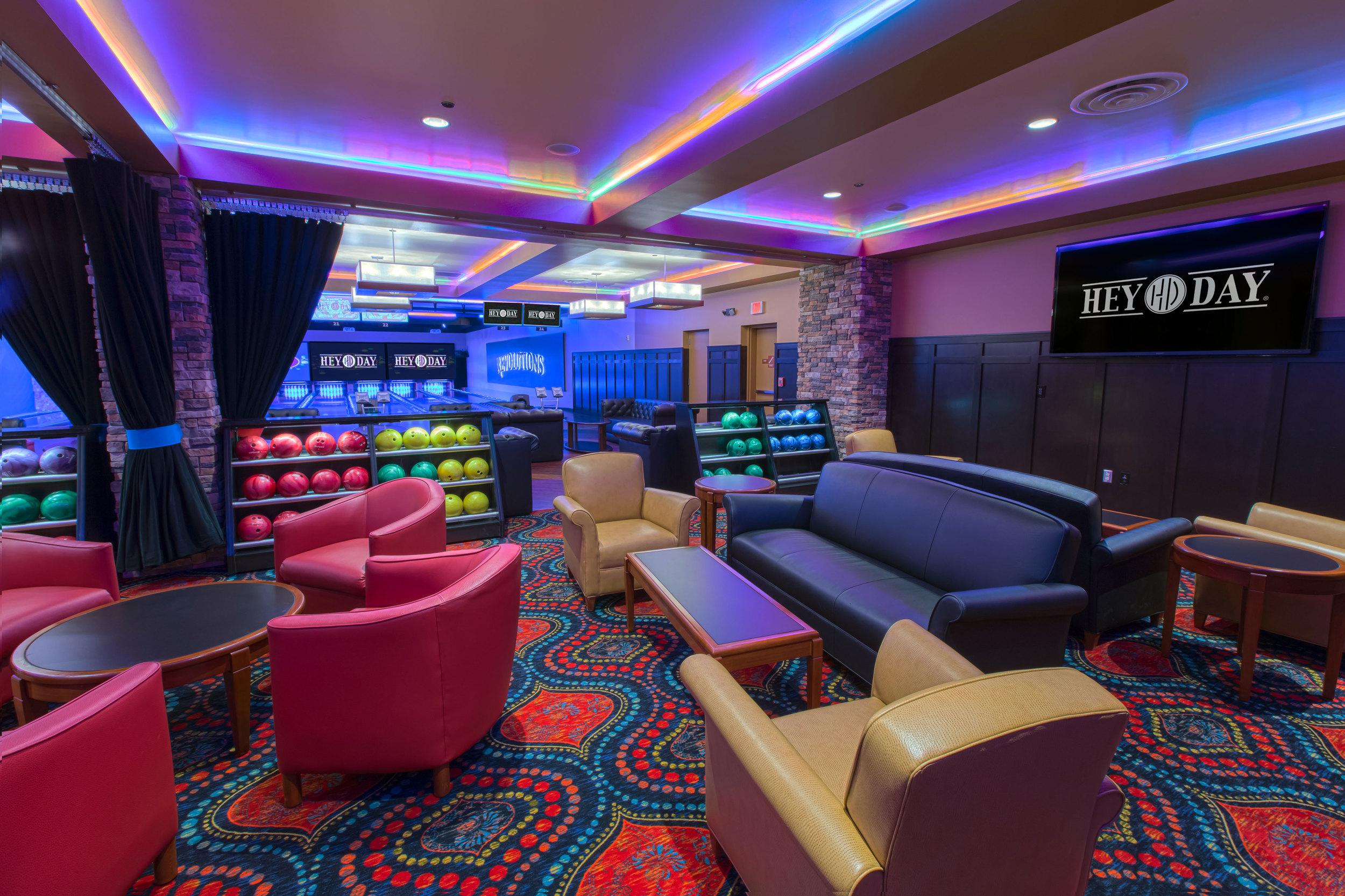 HeyDay Lounge