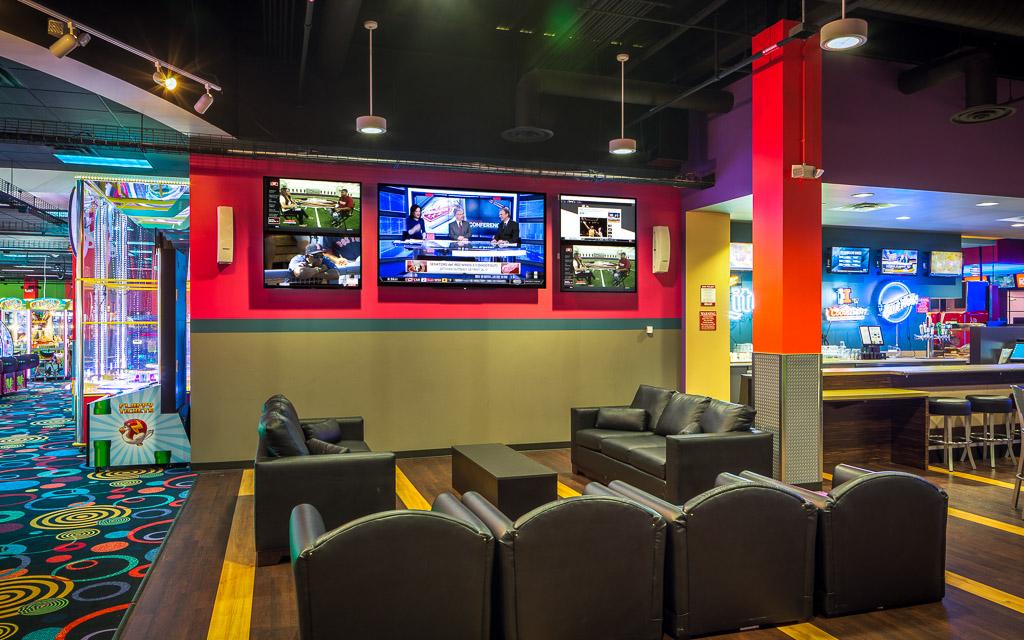 Round1 Bowling & Amusement Arcade Lounge