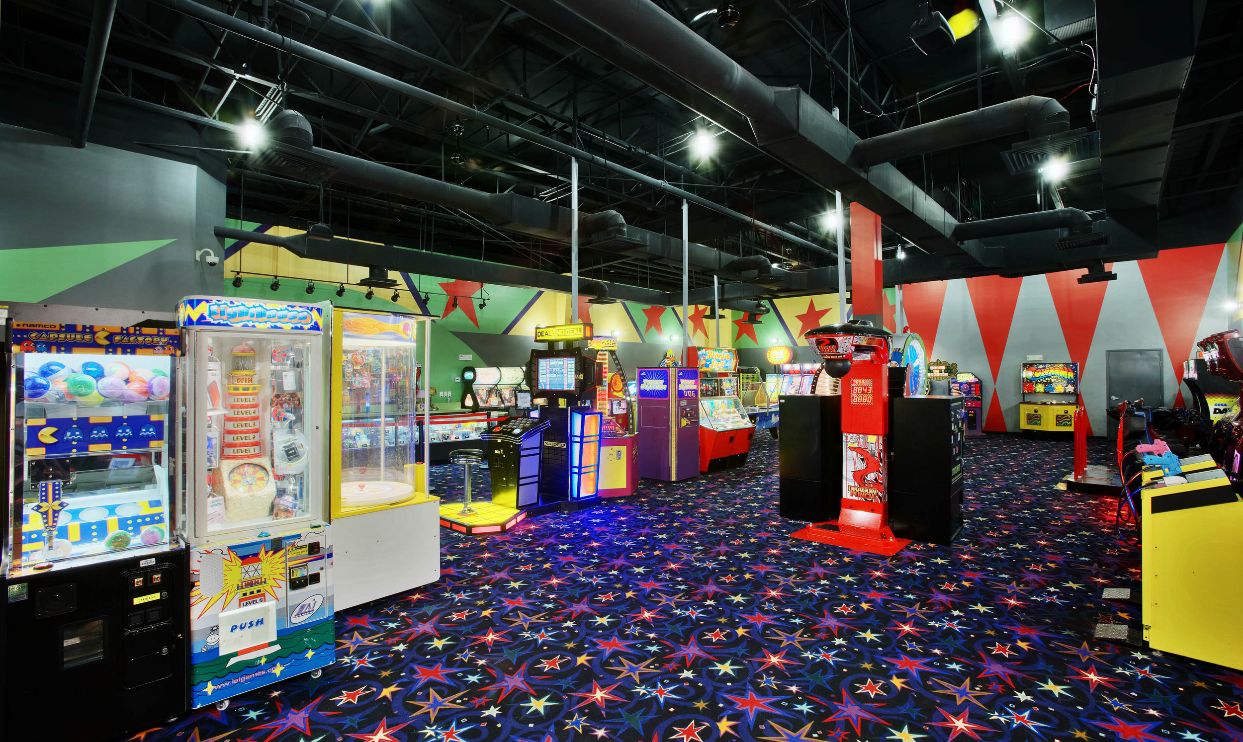 Mel's Lone Star Lanes Arcade