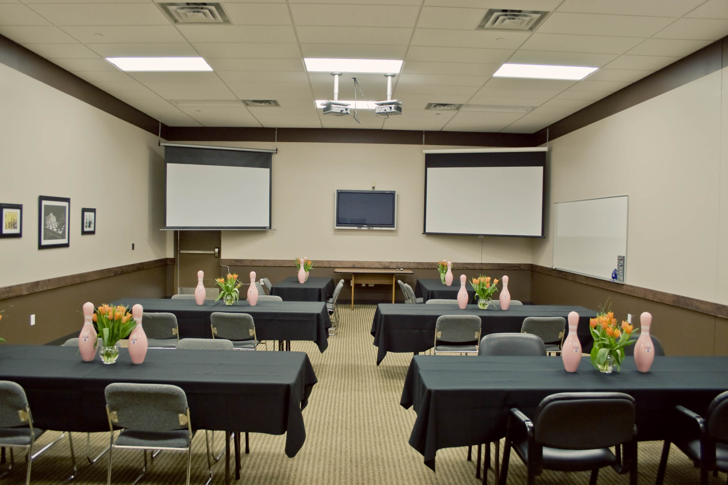 USBC Bowling Party Room