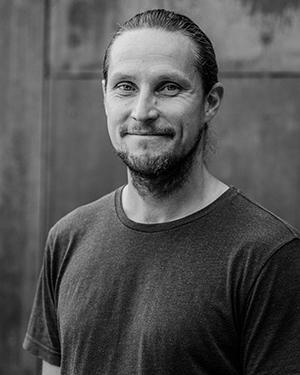 Marius Engstrøm, instruktør