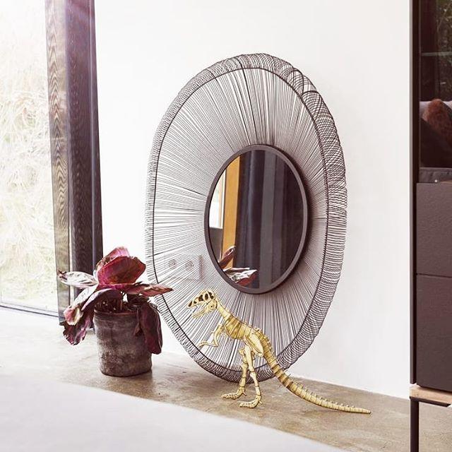 #urban #interior #design #shabbychic #marble #marmor #copper #metal #steel #brass #interiordesign #interiorliving #home #decor #inneneinrichtung #tapezierer #salzburg #österreich #habufa #hendersandhazel #dutch #netherlands #table #sidetable #vase #flower #showroom #austria #inspire_me_home_decor #interiorhints
