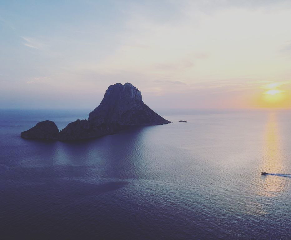 IMAGINE IBIZA - 7 DAYS OF ADVENTURE AND RELAXATIONyoga | beaches | culture | cuisine