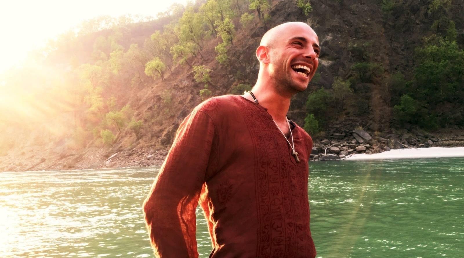 Matheus Bertoni - Sattva Yoga, Meditation, Reiki