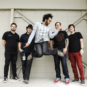 Motion City Soundtrack: Josh and Justin use the Super Duper 2-N-1 and Box of Rock