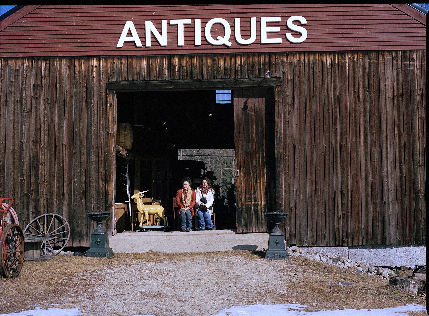 antiques2.jpg