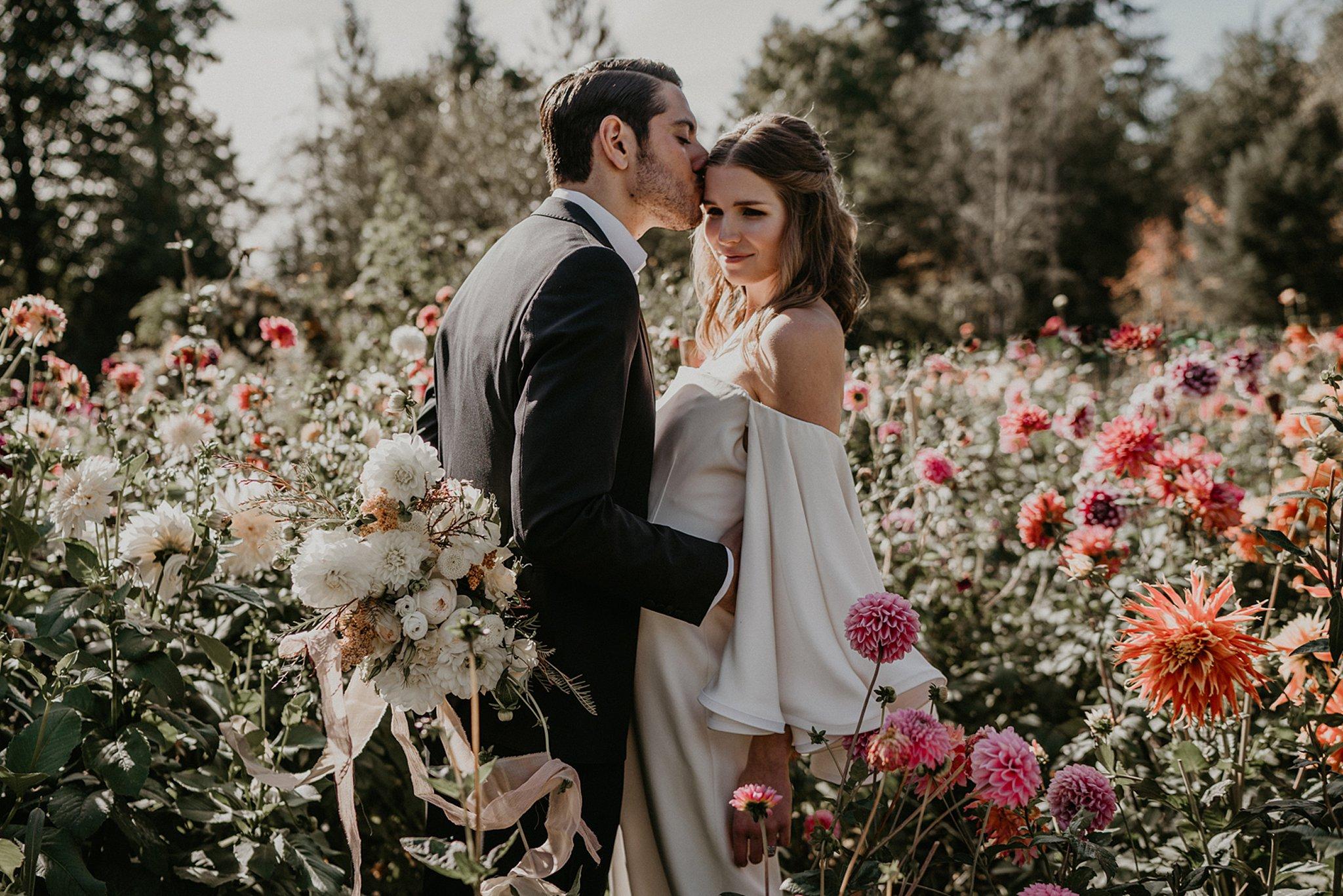 Seattle-intimate-elopement_0015.jpg