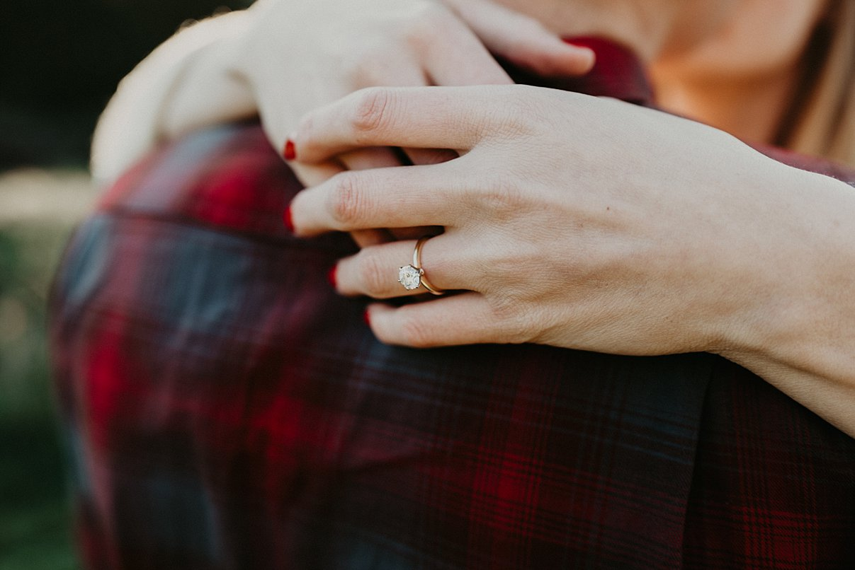 seattle-in-home-engagement-session_0009.jpg