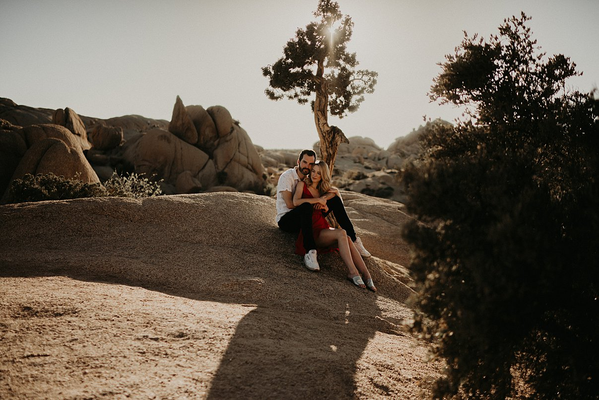 joshua-tree-engagement_0008.jpg