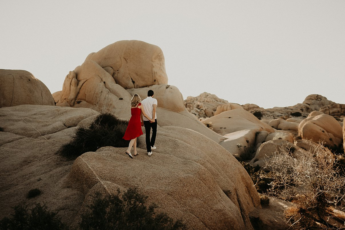 joshua-tree-engagement_0010.jpg