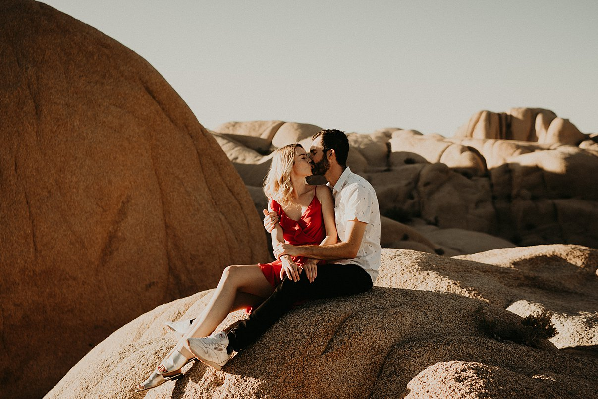 joshua-tree-engagement_0015.jpg
