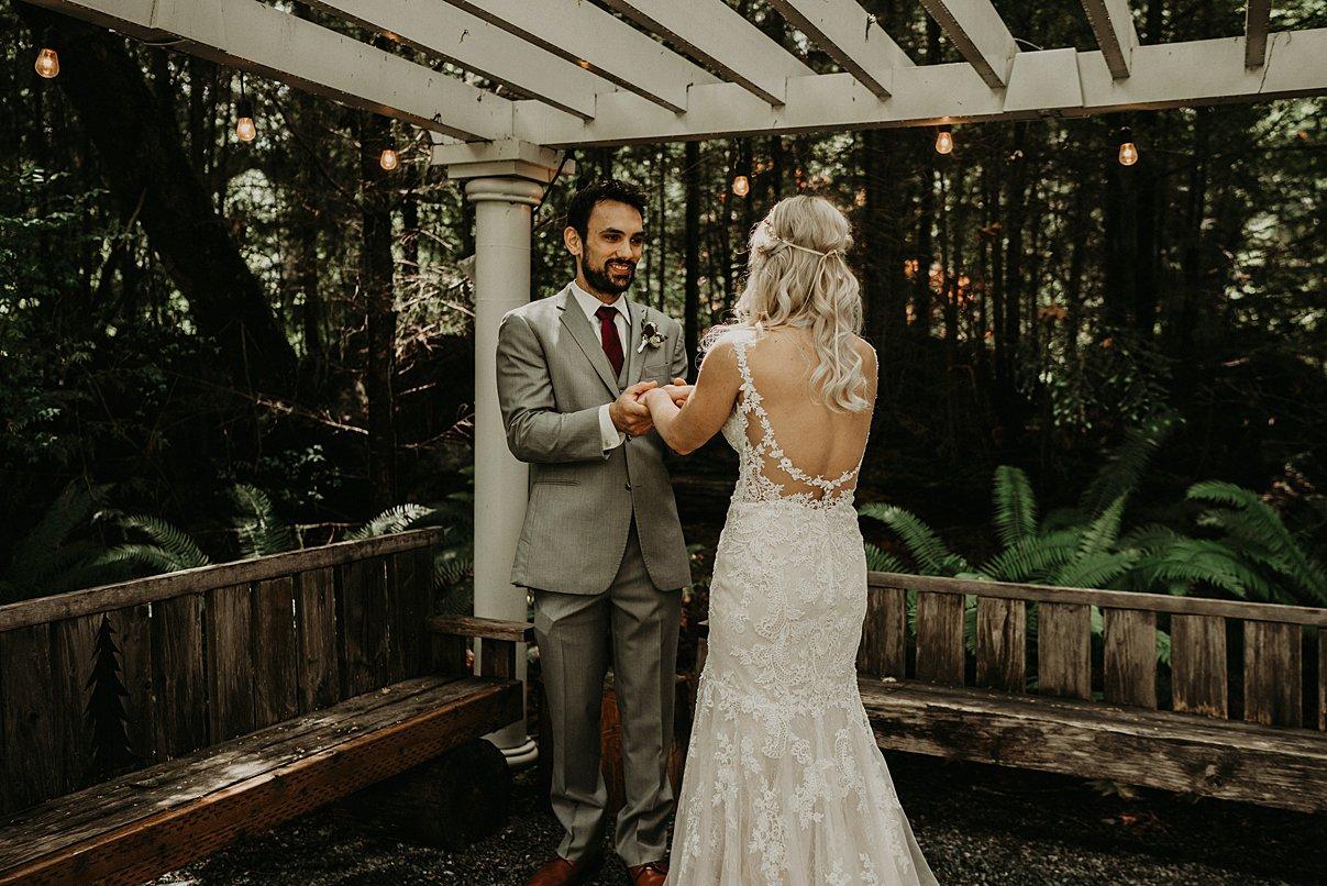 lookout-lodge-wedding_0016.jpg