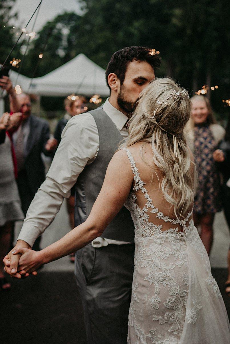 lookout-lodge-wedding_0035.jpg