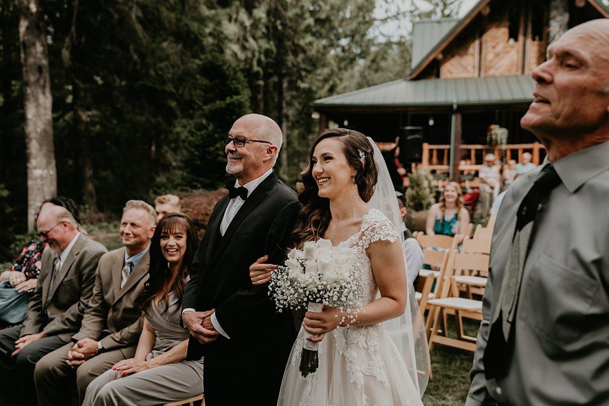 intimate-backyard-wedding_0003.jpg