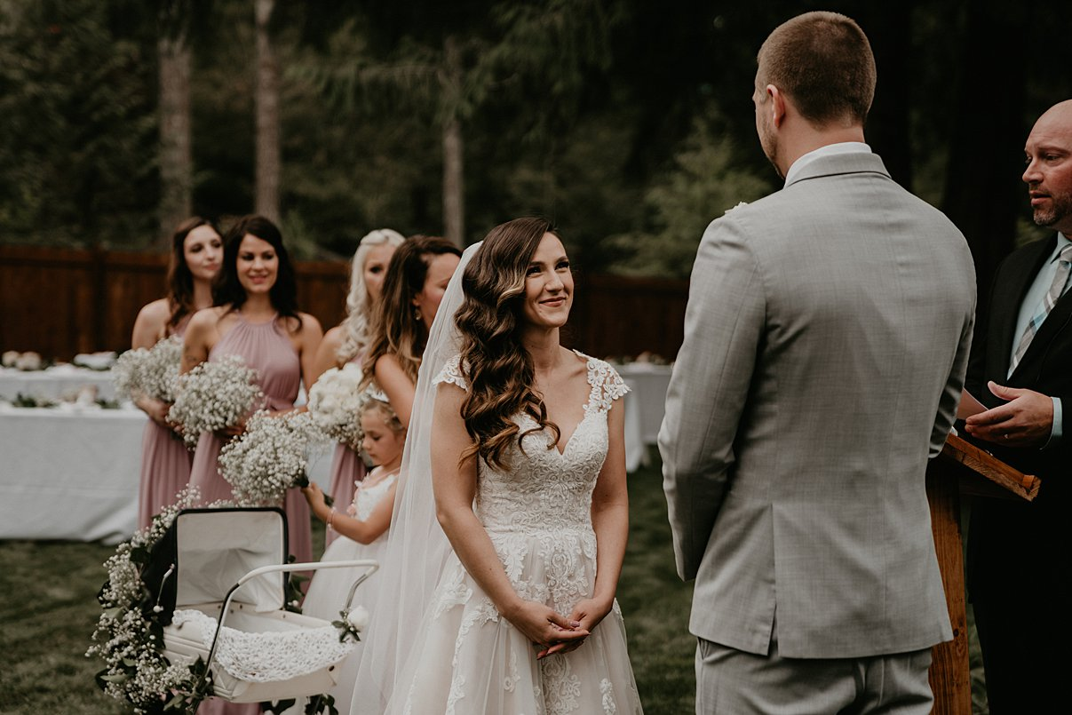 intimate-backyard-wedding_0005.jpg