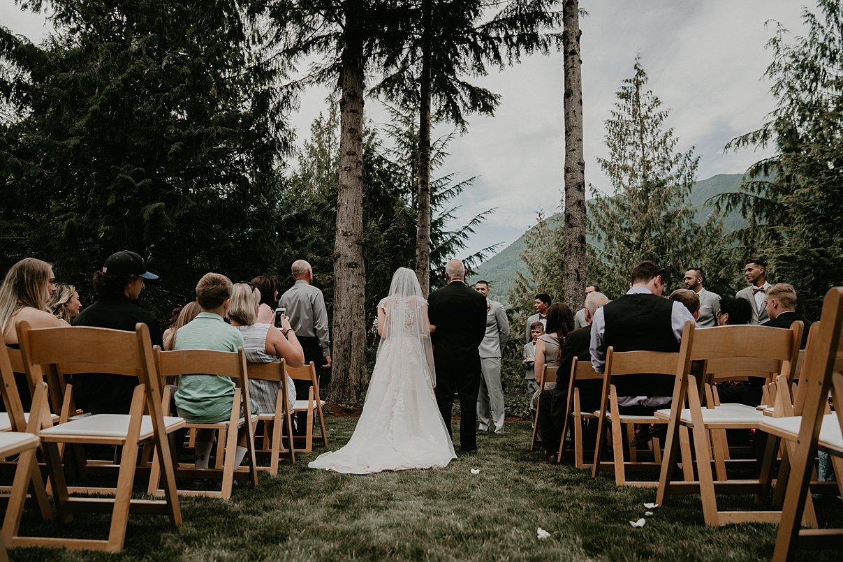 intimate-backyard-wedding_0004.jpg
