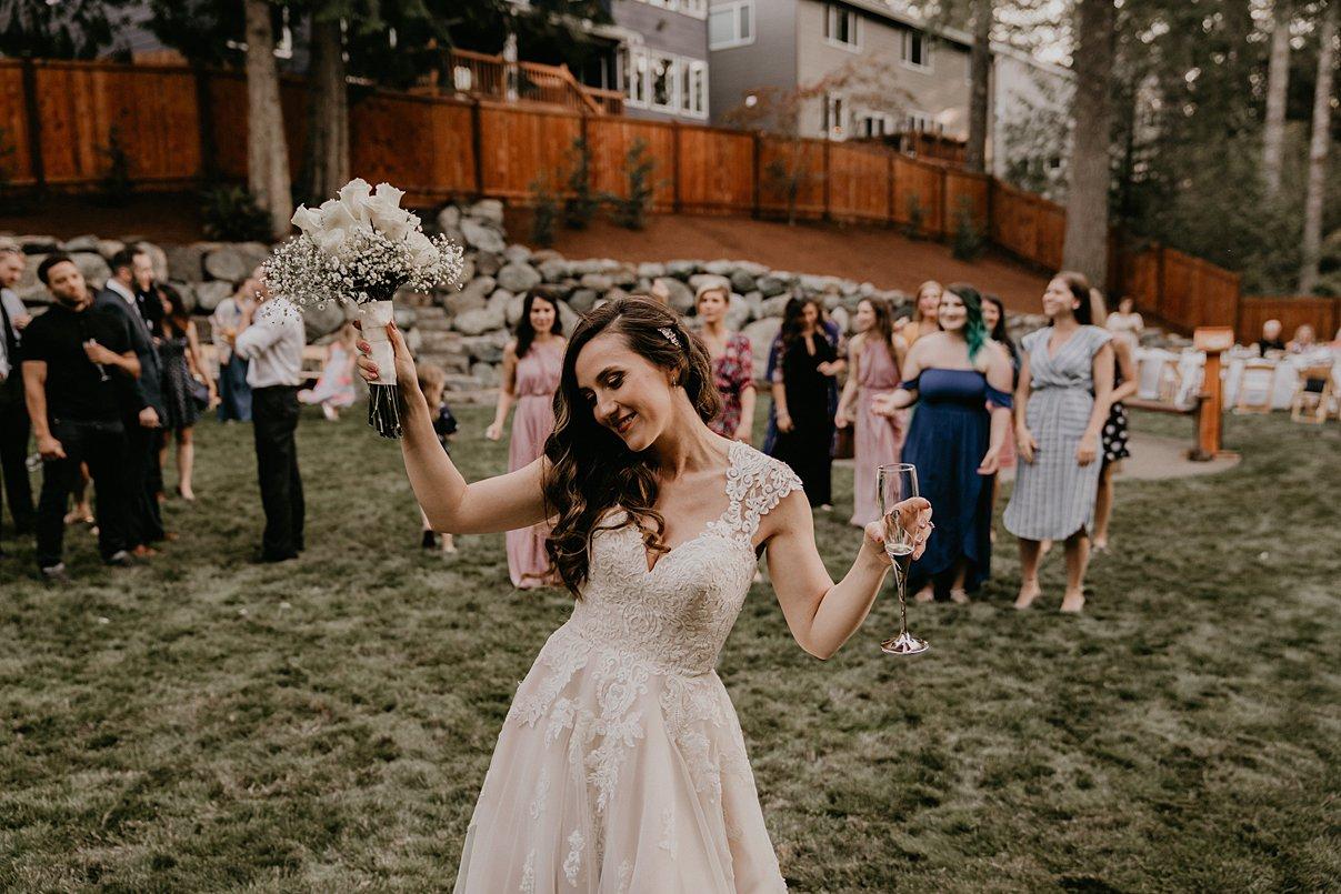 intimate-backyard-wedding_0012.jpg