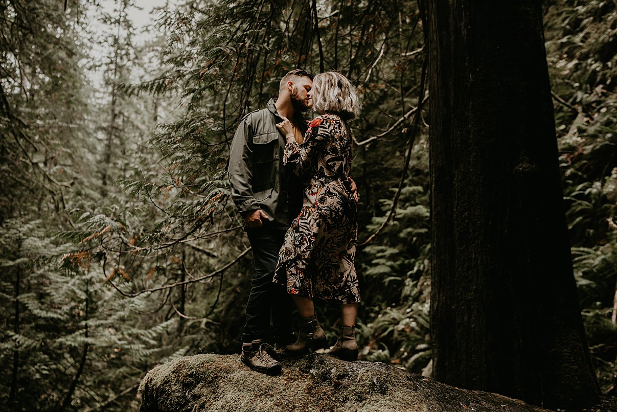 pacific-northwest-engagement-session_0008.jpg