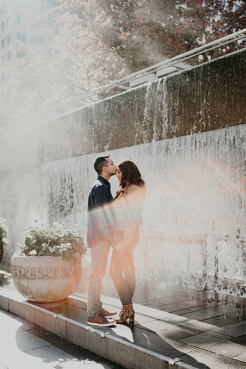 downtown-seattle-engagement-session_0000.jpg