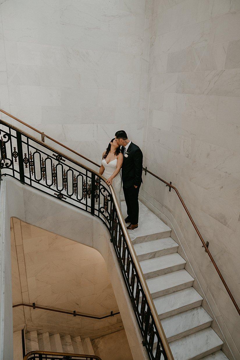 san-fransisco-city-hall-wedding_0002.jpg