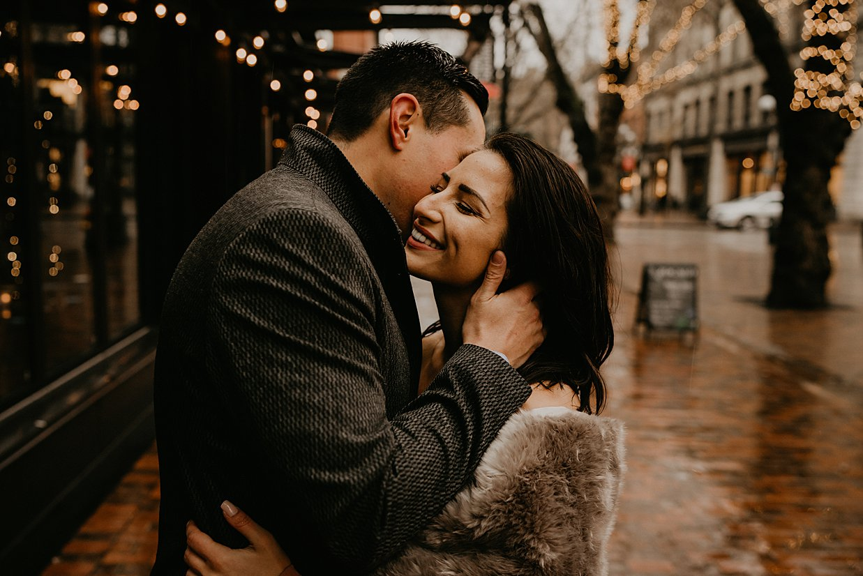 pioneer-square-engagement-session_0000.jpg