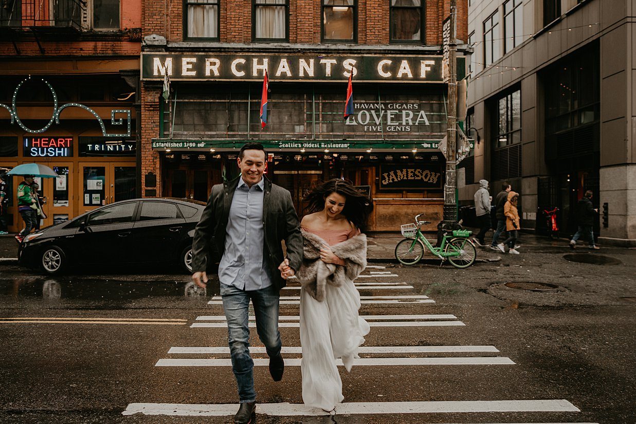 pioneer-square-engagement-session_0005.jpg