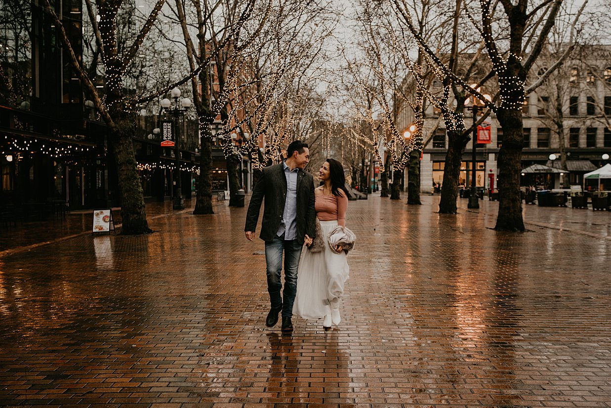 pioneer-square-engagement-session_0007.jpg
