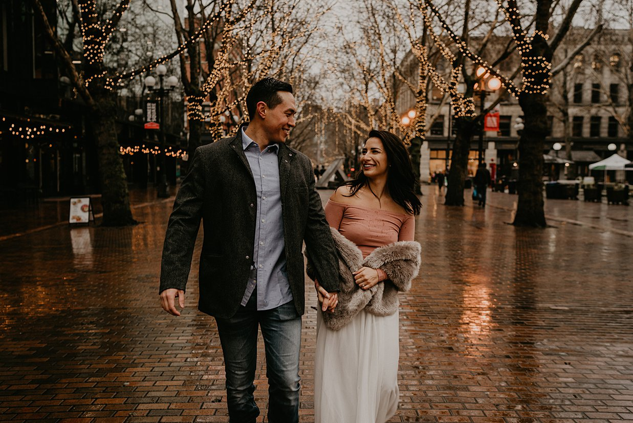 pioneer-square-engagement-session_0009.jpg