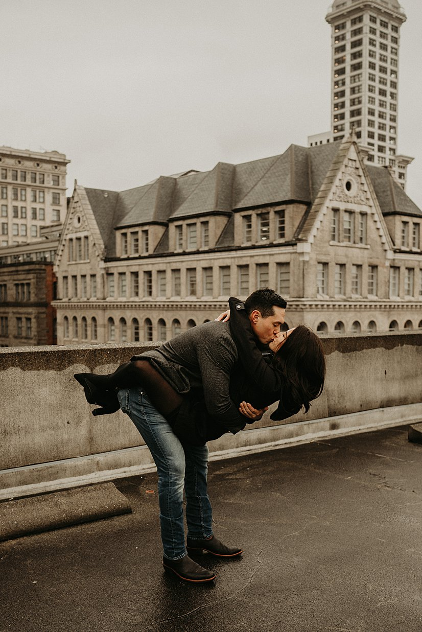 pioneer-square-engagement-session_0021.jpg
