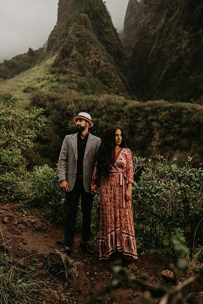 maui-engagement-session-iao-valley_0014.jpg