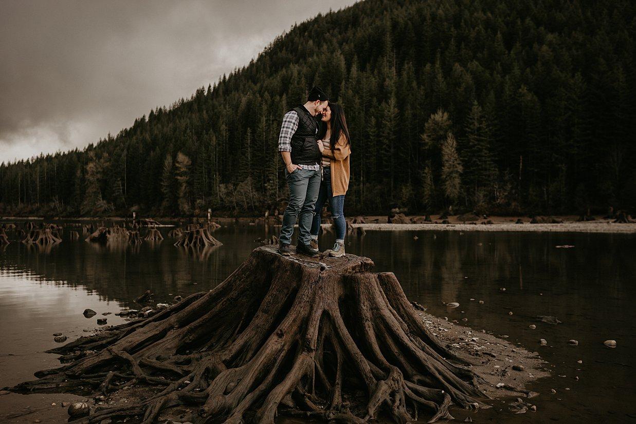 rattlesnake-lake-engagement_0003.jpg