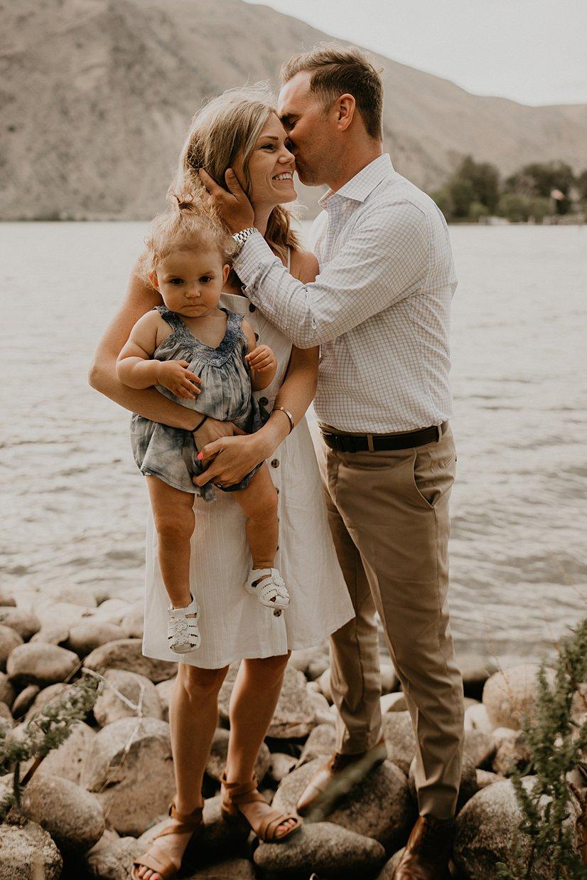 wenatchee-family-photographer_0000.jpg