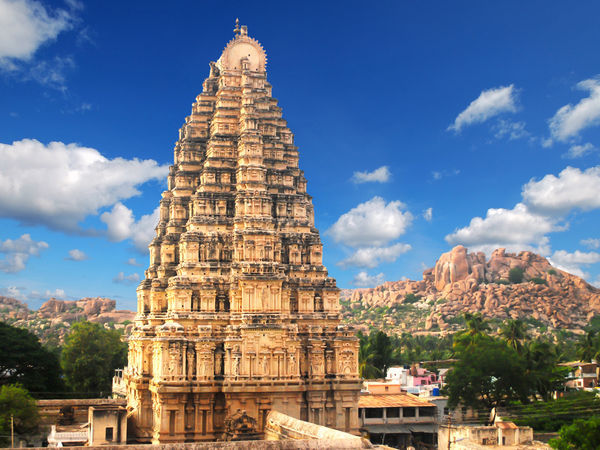 Karnataka_Hampi_A-beautiful-temple-in-Hampi-in-Karnataka.jpg