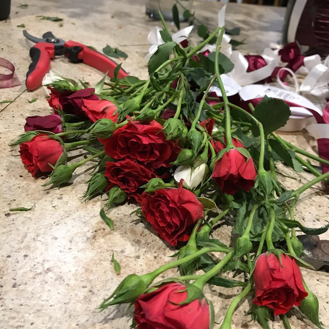 making corages with red spray roses