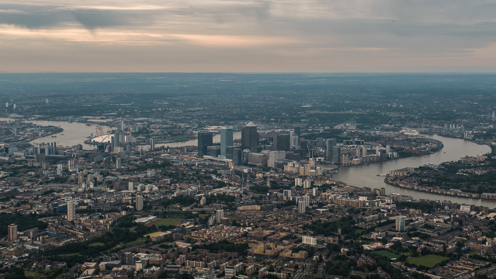 Docklands - Canary Wharf and North Greenwich. ISO200 16-55mm f5.6 1/250s