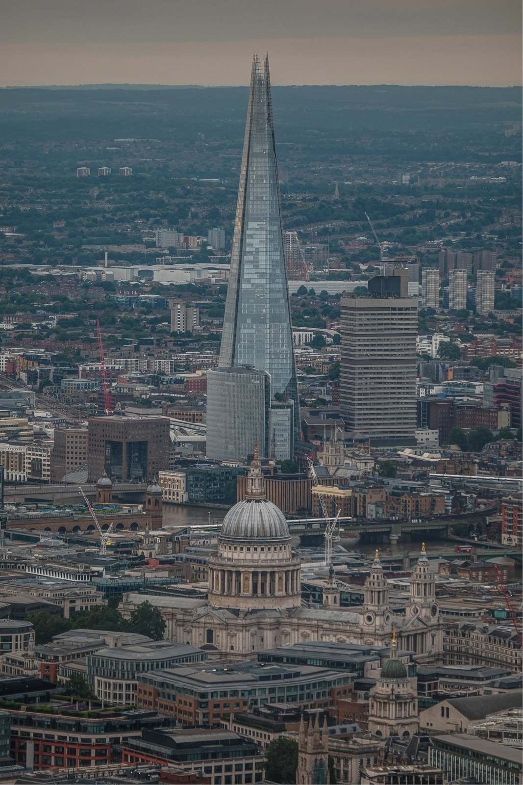 St. Paul's Cathedral and The Shard.  ISO200 50-140mm f3.2 1/250s
