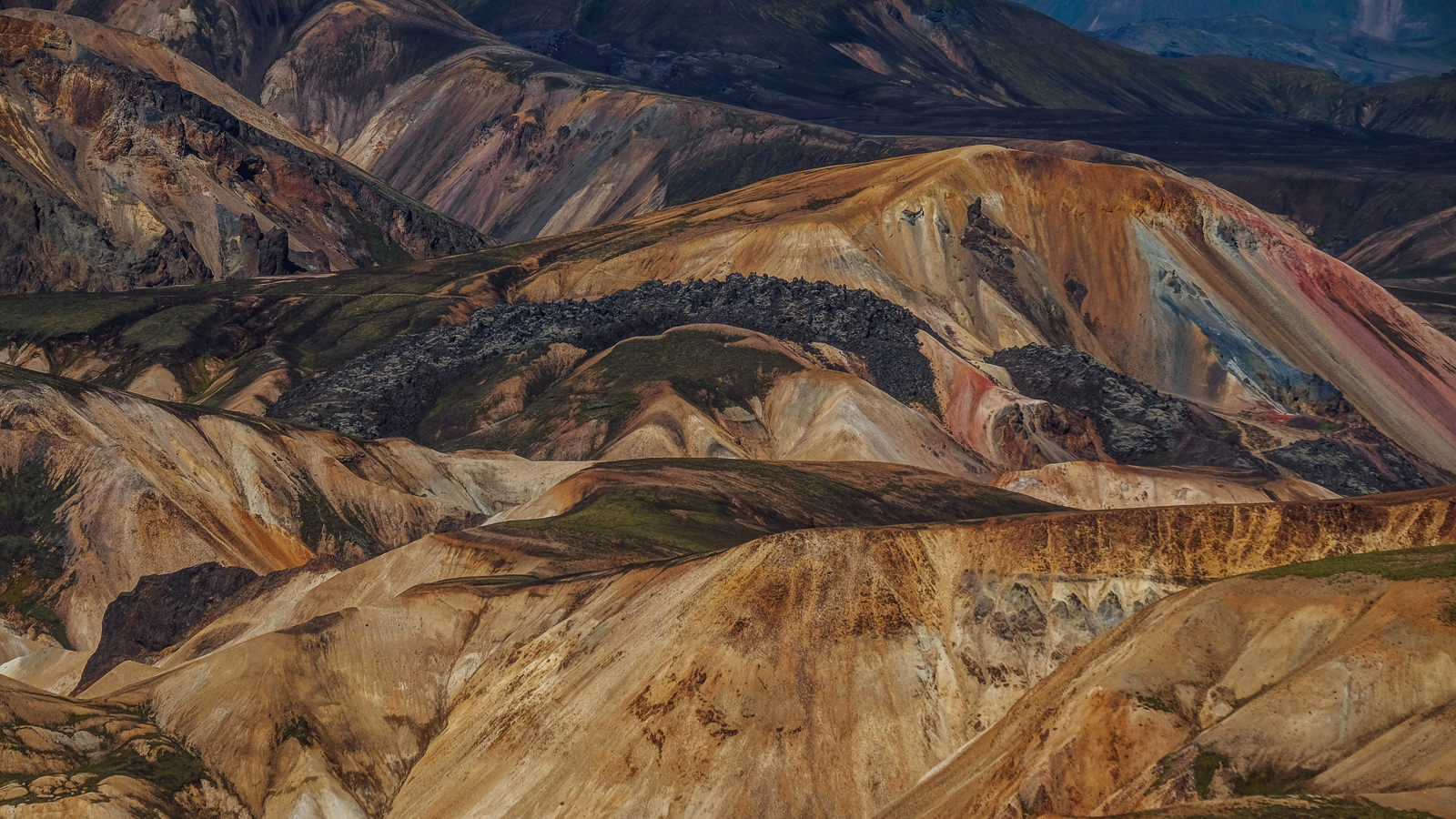 The colourful mountains of Landmannalaugar Highlands