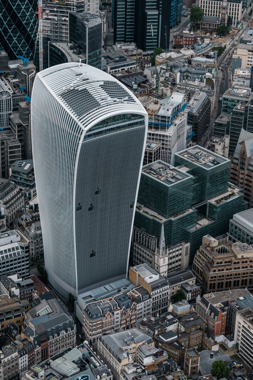 Walkie-Talkie - with 50-140mm f2.8 @50mm, f4, iso200, 1/1000s