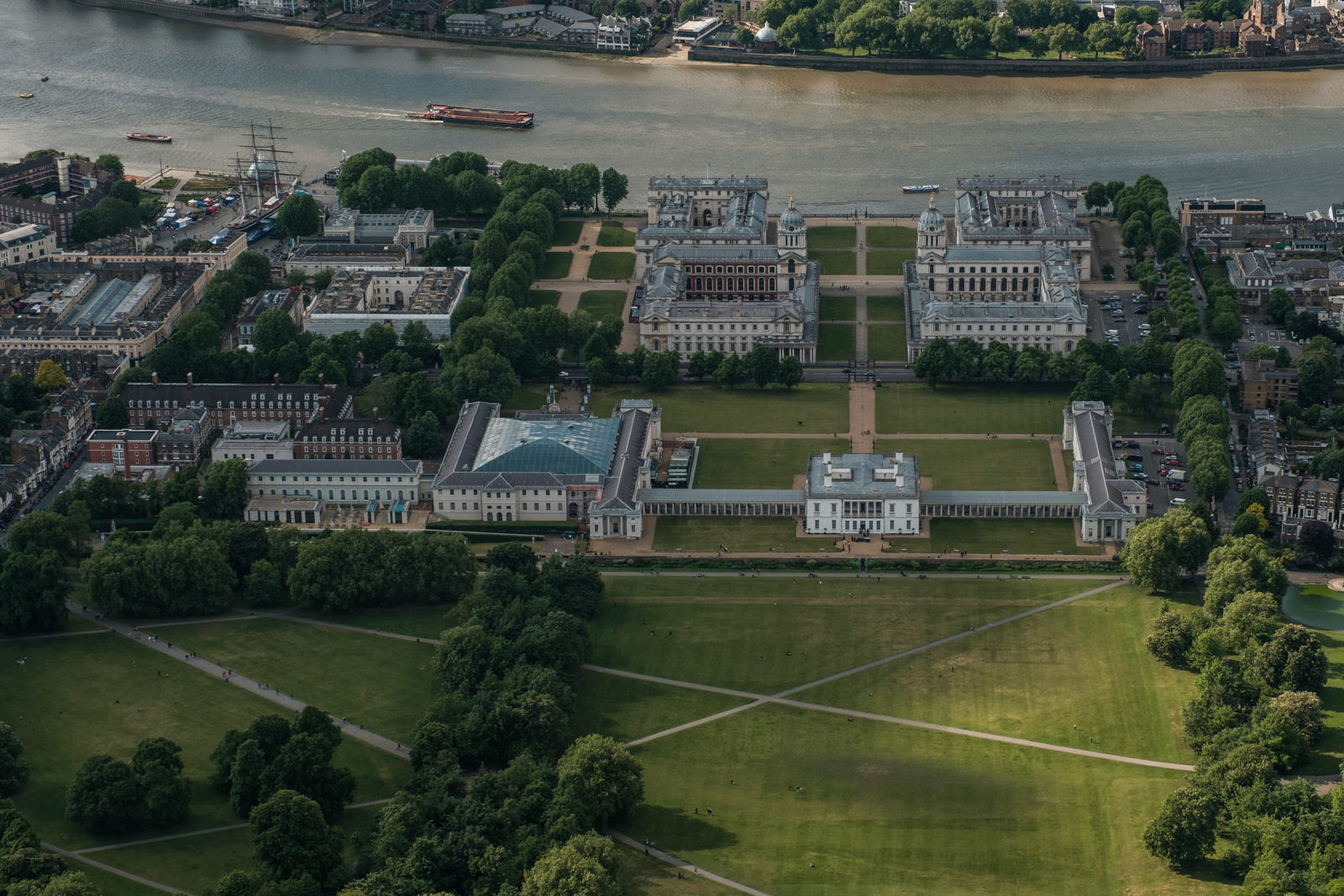 Old Royal Naval College, Greenvich- with 16-55mm f2.8 @42mm, f5.6, iso320, 1/1000s