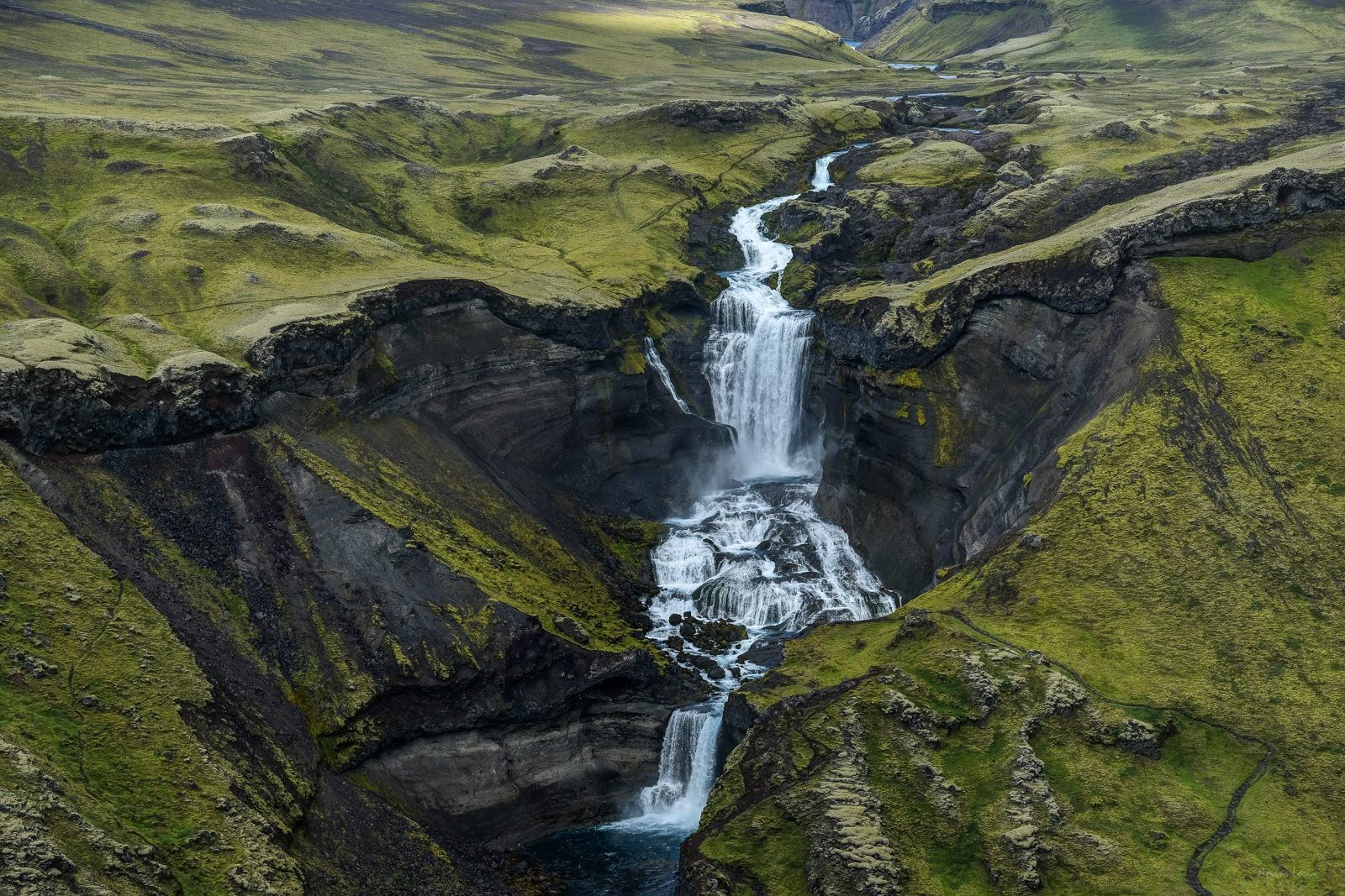 """close up"" of Ófærufoss (  The Impassable), Eldgjá Fissure.   (XF 50-140mm f2.8 at 50mm 1/320 f6.4 ISO200)"