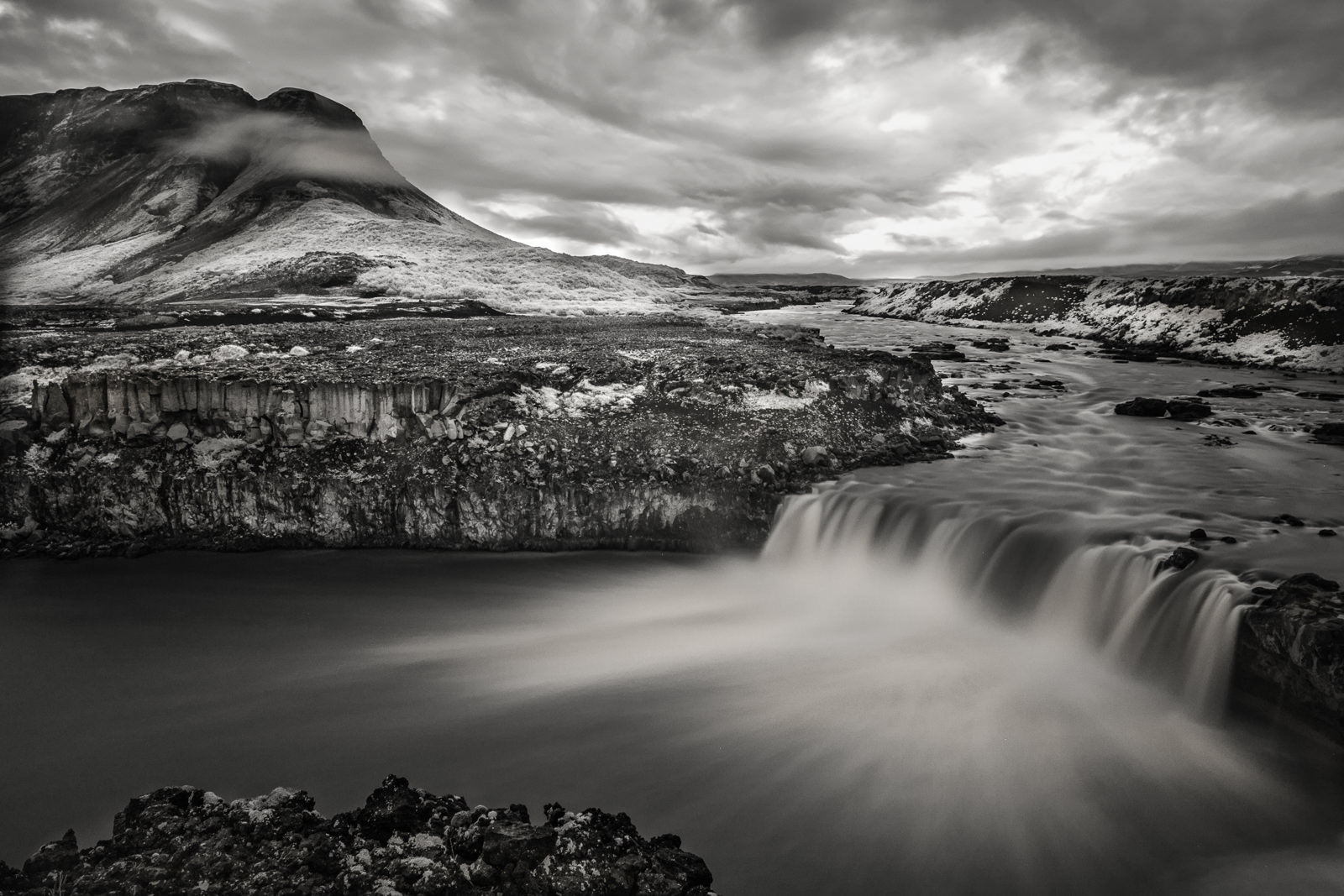 Þjófafoss shot in InfraRed using 720nm Hoya IR filter. Þjófafoss (Thjofafoss) waterfall is located on the river Þjórsá on the east side of the Merkurhraun lava fields in the south of Iceland (XF 16-55mm f2.8 at 16mm 30s f5.6 ISO200)
